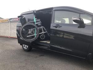 ホンダ フリード フリードスパイク ピラーリフト 車椅子 車椅子収納 車椅子積み込み