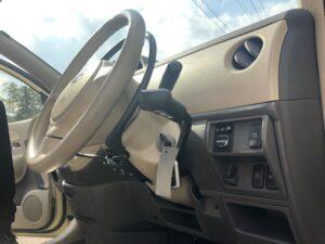 トヨタ シエンタ 運転補助装置 手動運転装置 アクセルリング ブレーキレバー